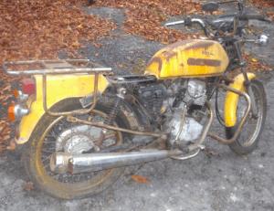 Moto honda 125 était d'epave